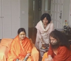 Maa Karunamayi & Swamiji at Kalra's Residence - May 2011